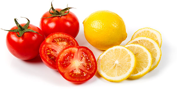 làm đẹp da bằng chanh tươi và cà chua