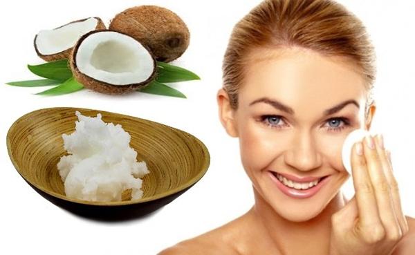 Rửa mặt bằng dầu dừa giúp làm mờ nếp nhăn