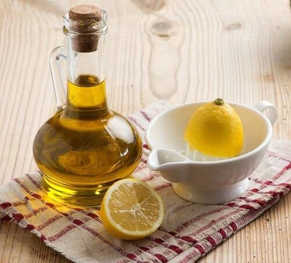 Tẩy tế bào chết với dầu oliu, chanh và dưa leo