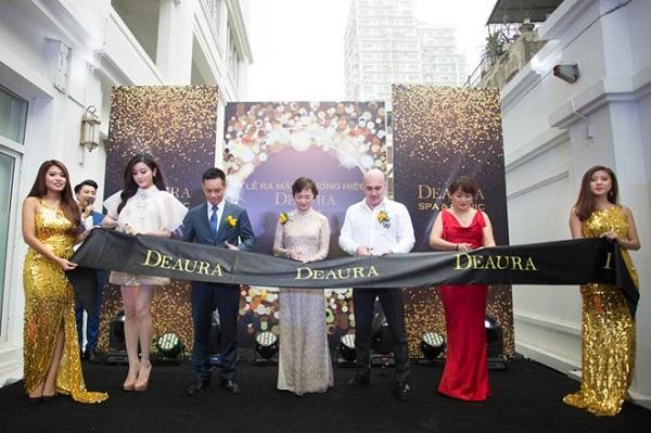 Được thành lập từ ngày 8/12/12016, Deaura clinic spa 89 Nguyễn Đình Thi được xây dựng với tiêu chuẩn Spa 5 sao đẳng cấp quốc tế, Spa được khách hàng tin tưởng và đánh giá cao bởi hiệu quả trẻ hóa da, đập tan các dấu hiệu lão hóa