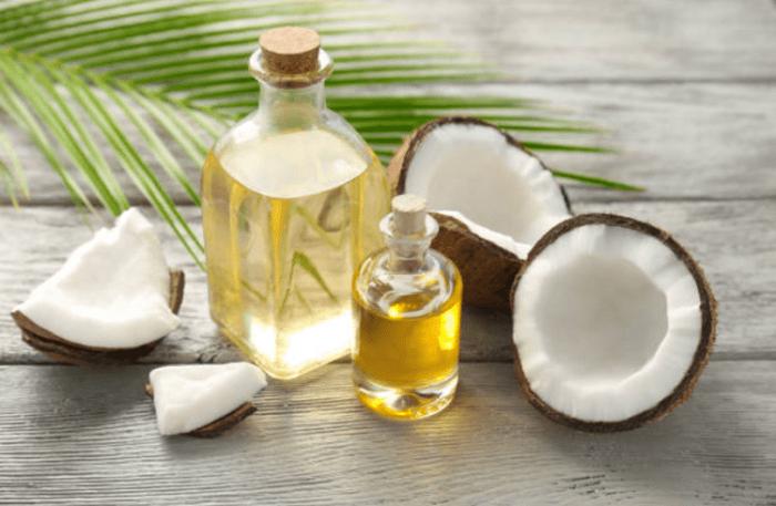 Sử dụng dầu dừa dưỡng da tay hữu hiệu
