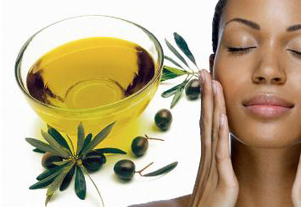 Tẩy tế bào chết bằng dầu oliu có hiệu quả không