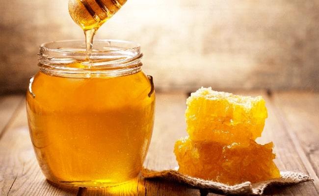 Chữa thâm mụn nhanh và hiệu quả bằng mật ong
