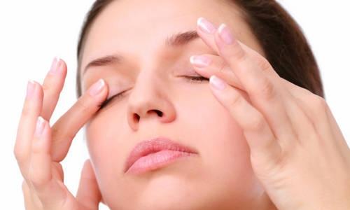 Massage da mắt