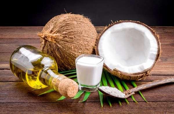 Thành phần dinh dưỡng trong dầu dừa