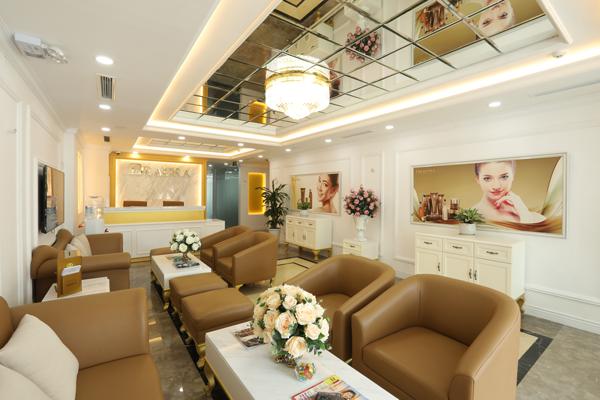 Nếu muốn tìm địa chỉ Spa uy tín, chất lương hãy nhớ tới Deaura 21 Yên Lãng Hà Nội, spa sở hữu nội thất sang trọng, thanh lịch cùng dịch vụ chuyên nghiệp chắc chắn sẽ khiến khách hàng hài lòng